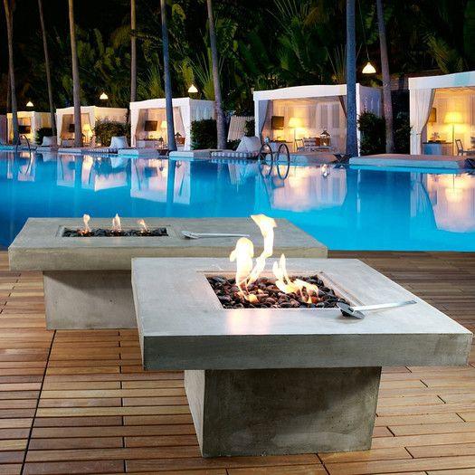 Infinita Corporation Zement Bauhaus Concrete Eco-Alcohol Fire Pit Table