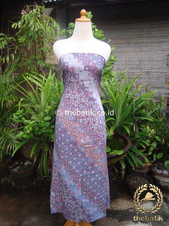 Kain Batik Katun Jepang Motif Lereng Bunga Ungu | Unique #Indonesia #Batik #Fabric Pattern Design http://thebatik.co.id/kain-batik-bahan/