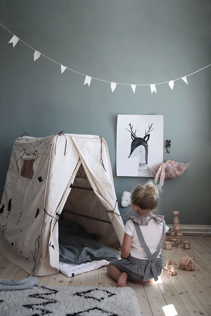 We really like grey for a kids room. Grey is a timeless, neutral and elegant tone that works so well for girls and boys alike, and it's also perfect for a shared unisex room. With a carefully selected shade and complementing decor, grey can really give a room character. Whether you decide to make a statement …