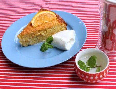 orange chia seed cake http://www.iquitsugar.com/recipe/orange-chia-seed-cake/