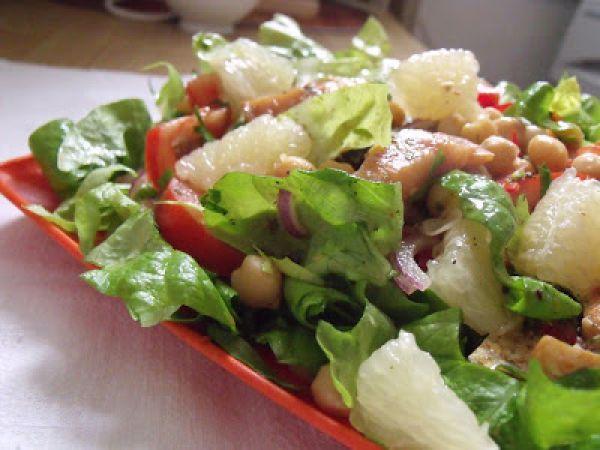 Salata cu naut si peste afumat(chickpea &smoked fish salad)