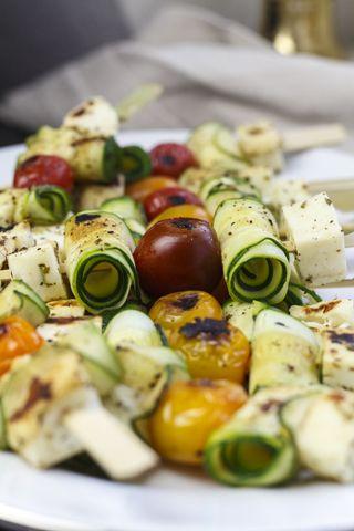 [fleischlos grillen] Zucchini-Halloumi-Spiesse