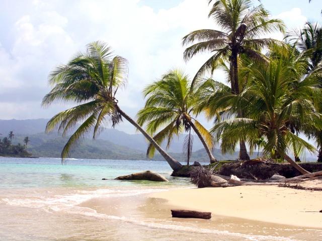 Travel Blogger Sacha Pytka's Adventure Guide to Panama | The Vivant