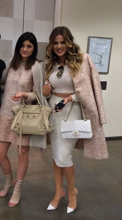 Khole Kardashian and Kylie Jenner