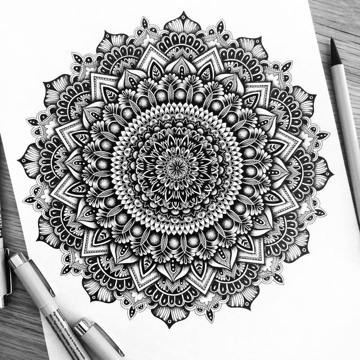 4,588 отметок «Нравится», 91 комментариев — Pavneet Sembhi (@pavneetsembhi) в Instagram: «Mandala Obsessed have you got a commission idea? Let's talk, email me on contact@pavneetsembhi.com…»