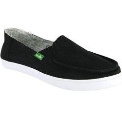 We love lightweight, comfortable and super stylish Sanuk June Bug shoes.