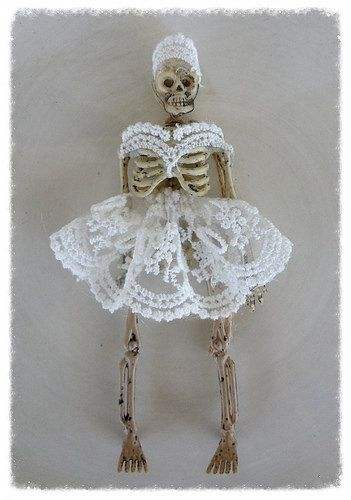 Shabby Chic Pretty Lace Skeleton Trick or Treater Halloween Decoration Halloween Ornament Halloween Party
