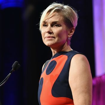 Yolanda Foster Reveals Two of Her Children, Bella and Anwar Hadid, Also Have Lyme Disease: Glamour.com