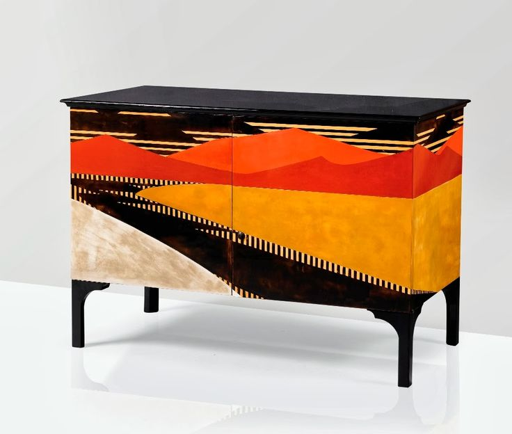 Jean Dunand & Jean Goulden Commode à l'anglaise, Pièce unique, 1921 Estimation 300,000 — 400,000 € - Félix Marcilhac Collection Privée, Vente Sotheby's