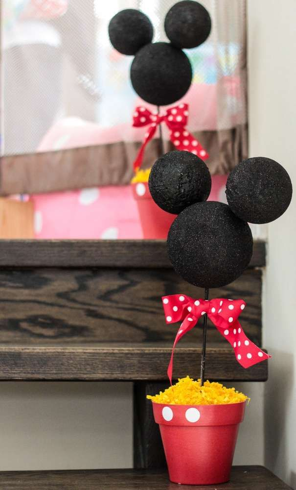 Mickey Mouse / Minnie Mouse Birthday Party Ideas | Photo 9 of 26 | Catch My Party
