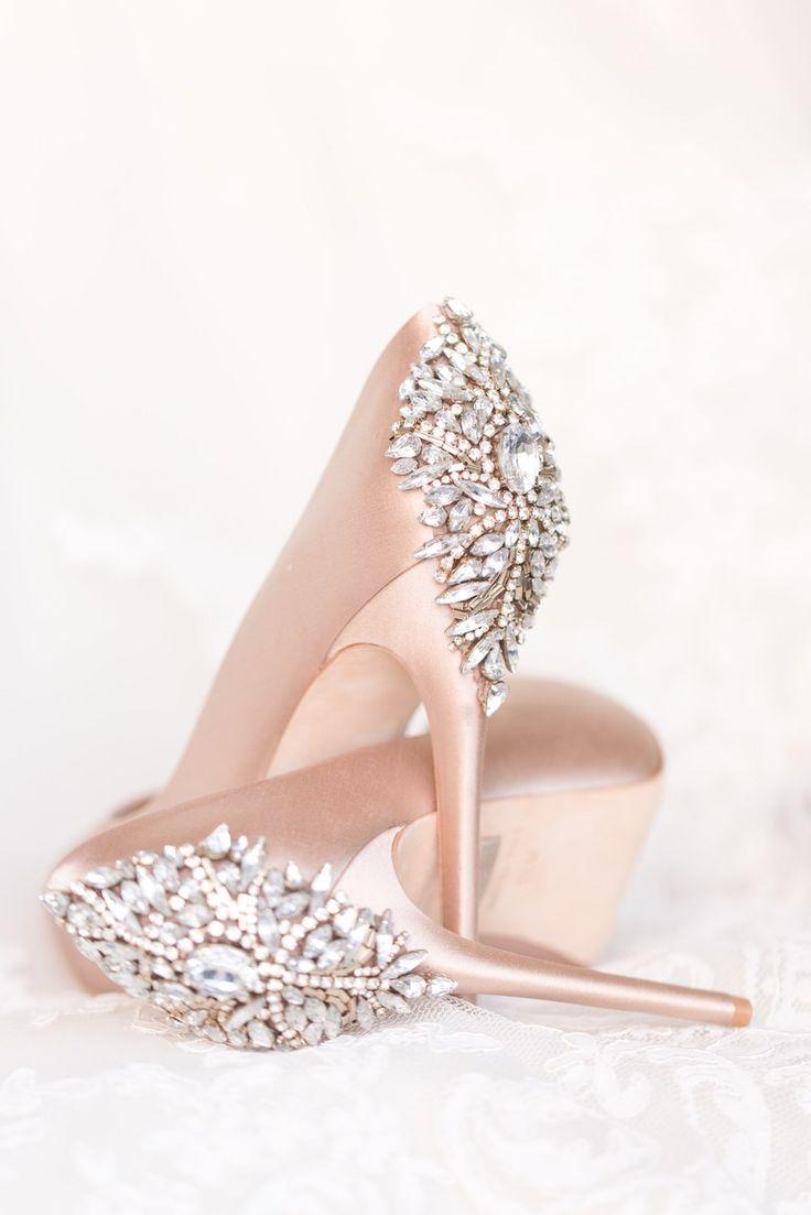 30 Wedding Shoe Photos We Can T Get Over Brides