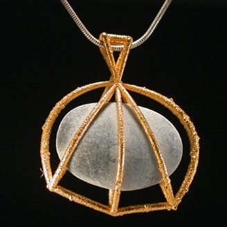 Gold and pebble necklace by Charles Lewton-Brain (Calgary, AB). Member of the Alberta Craft Council.