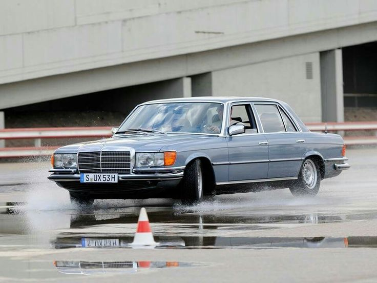 48c48aadf7f724b1114ee989ac30dbd0 mercedes benz shorts 269 best mercedes benz w116 images on pinterest mercedes benz Repair Manual 1972 Mercedes 280SE at readyjetset.co