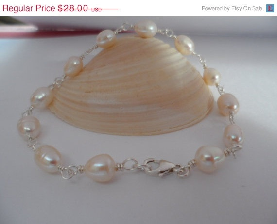 Simply Wire Wrapped Pearl Bracelet  by weddingbellsdesigns on Etsy, $25.20: Simply Wire, Girl Gifts, Bells Designs, Pearl Bracelets, Bridesmaid Gifts, Wedding Bells, Birthday Gifts
