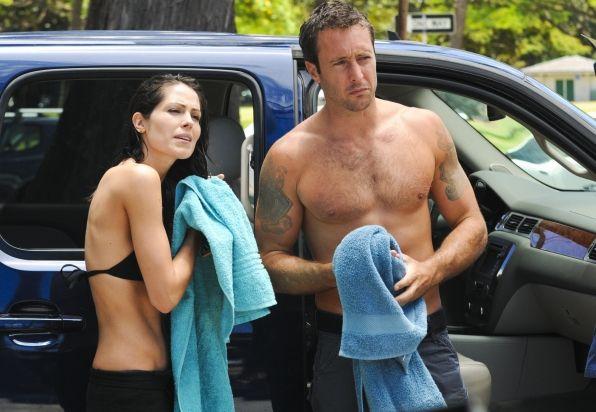 Hawaii Five-0 Photos: Towel Off on CBS.com