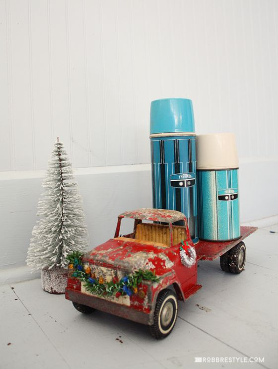 Holiday Trimmings: Vintage Toy Trucks by RobbRestyle.com