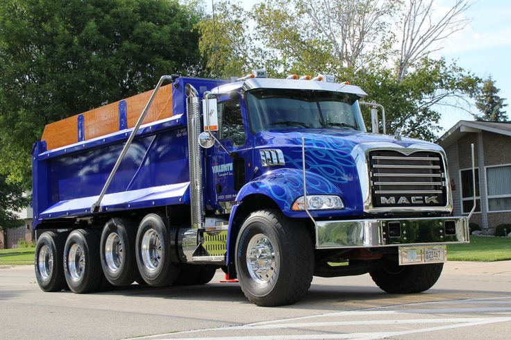 https://flic.kr/p/j8k37e | 2013 Mack Truck Granite | 2013 Mack Truck Granite Mike Marzo Menomonee Falls, WI Anthony Valente Transport, Inc. Oconomowoc, WI Waupun Truck-n-Show Waupun, WI August 9, 2013