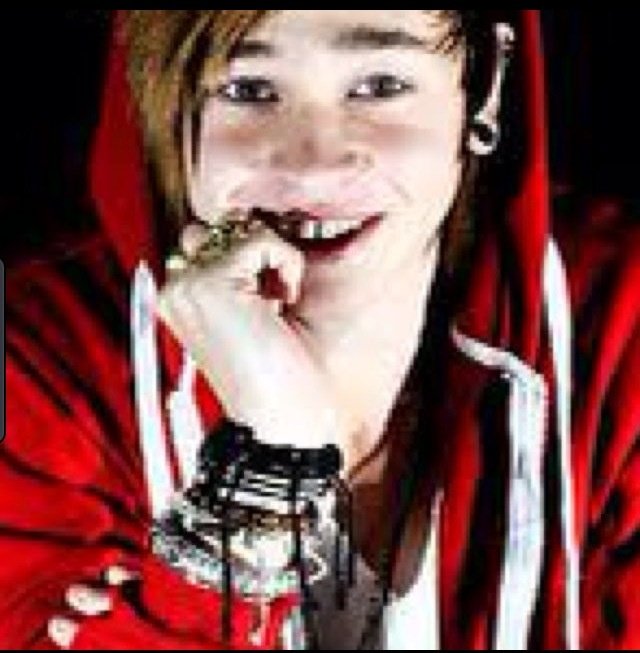 Reece mastin is so amazing and I have been a massive fan since X factor