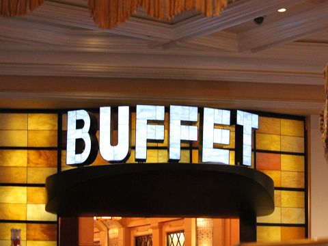 There are lots of tasty buffet restaurants in Las Vegas that will satisfy a range of cravings. Watch this About.com video to learn what and where these eateries are on the Las Vegas Strip.