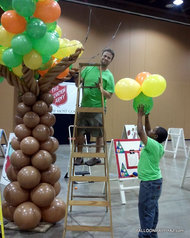 Decorating Ideas > 1000+ Images About Balloon Trees On Pinterest  Balloon  ~ 061918_Thanksgiving Balloon Decorations