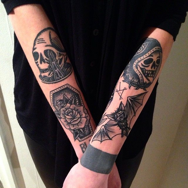 Oldschool tattoo blackwork by tattoo artist William Roos of StockholmInk Stockholm, Sweden
