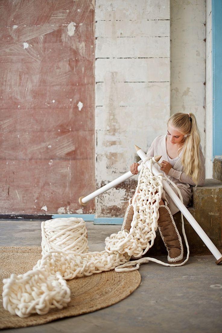 17 Best ideas about Chunky Knit Scarves on Pinterest Infinity scarf knit, C...