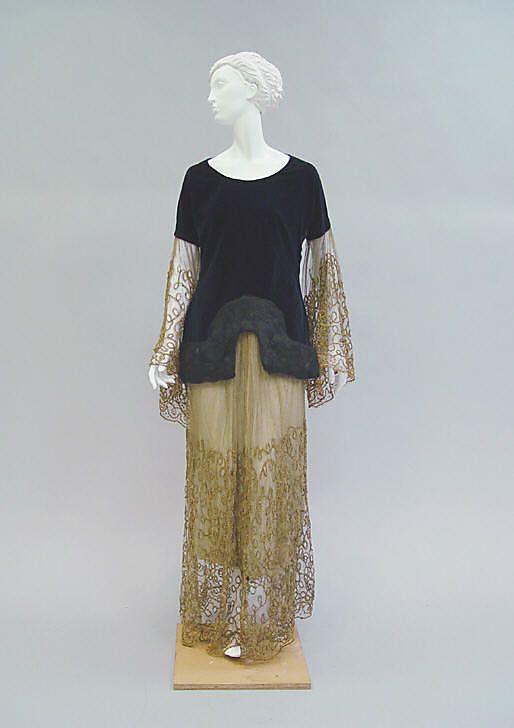 Evening ensemble Paul Poiret (French, Paris 1879–1944 Paris) Date: 1924 Culture: French Medium: cotton, fur, metallic thread, silk. Front