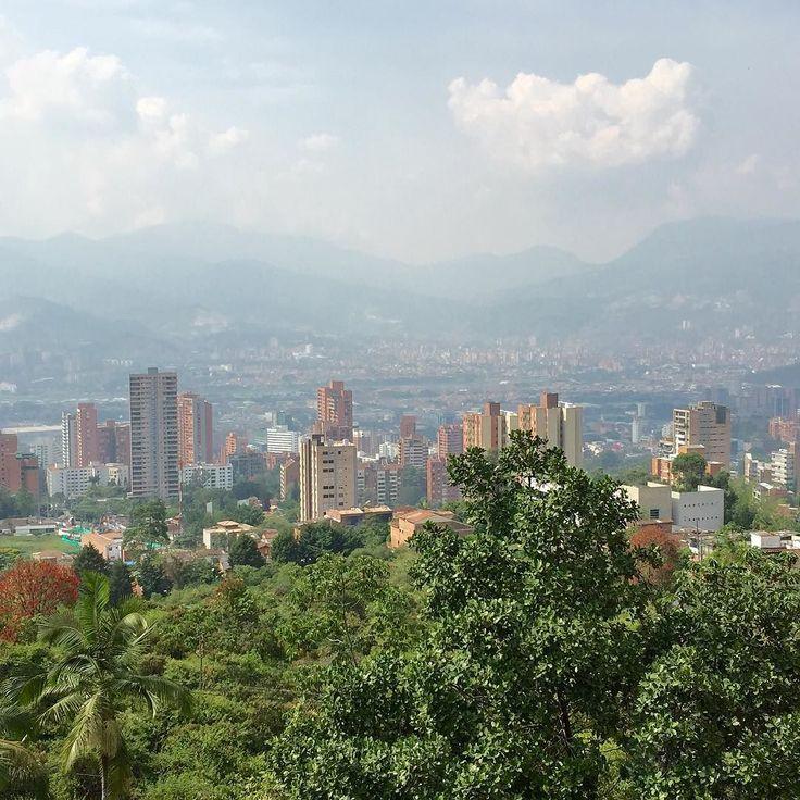 Medellín desde El Tesoro by jaforero