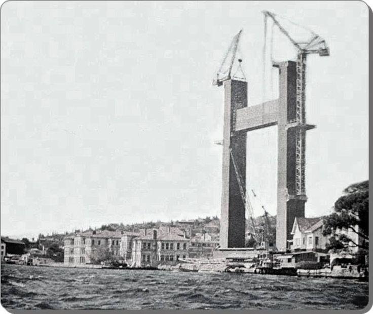 Boğaziçi Köprüsü inşaatı - 1971