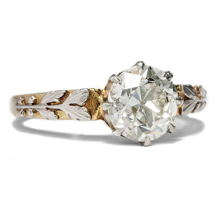 Diamant im Lorbeerkranz - 1,35 ct Altschliff Diamant in Gold und Platin Ring, um 1915 von Hofer Antikschmuck aus Berlin // #hoferantikschmuck #antik #schmuck #antique #jewellery #jewelry // www.hofer-antikschmuck.de