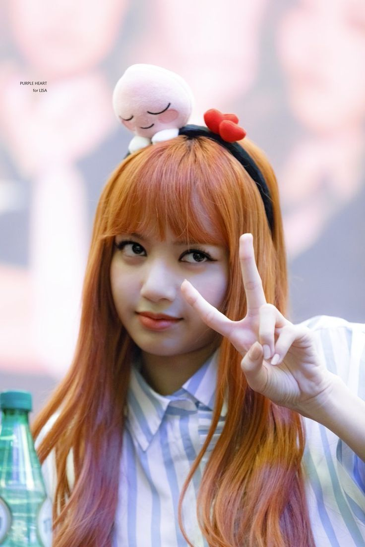 Lisa is such a living doll! She's so cute!