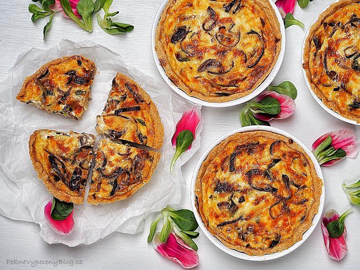 Quiche – cibulovo-sýrový koláč