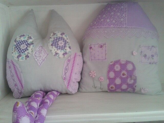 Owl & house cushion for kiddies