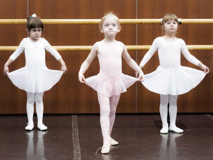 """""""Когда ребенком я бродила среди сосен, я думала, что успех — это счастье. Я ошибалась. Счастье — это мотылек, который чарует на миг и улетает."""" Анна Павлова  Фото - Влад Яковлев @picture_point #цитатыобалете #балетдляначинающих #балетнаяшкола #балетнаястудия #балетвмоскве #балетдлядетей #балетдлядетейвмоскве #балерины #хореография #русскийбалет #балеринки #балетки #балетнаяпачка #балетныйстанок #грандбалет #grandballet"""