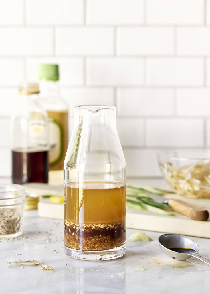 Asian Sesame Ginger Dressing - This easy vegan asian sesame ginger salad dressing takes minutes to make in your blender.
