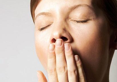 Magnesium wordt ook wel het 'anti-stress mineraal' en het 'wondermineraal' genoemd. Dat is niet zo gek, elk orgaan in ons lichaam, en dan met name het hart, de spieren en de nieren, hebben namelijk het mineraal magnesium nodig. Wat is de oorzaak van een tekort, waar kun je het aan herkennen en wat zijn oplossingen?