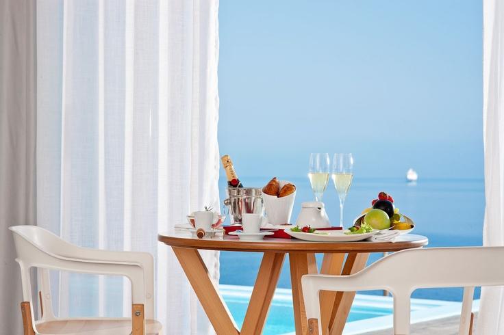 Champagne breakfast in the room!! Kouros Boutique Hotel in Mykonos | Luxury Suites Hotel Mykonos Greece