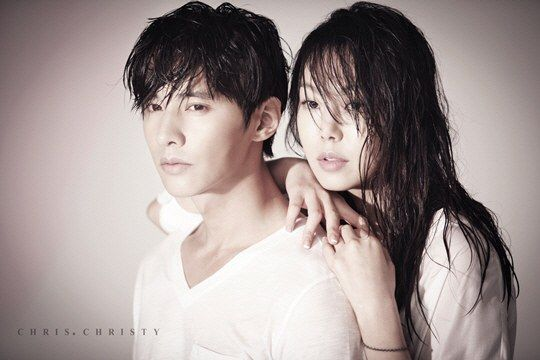 Won Bin and Kim Min Hee are fresh out of the shower for 'Chris.Christy's summer catalog