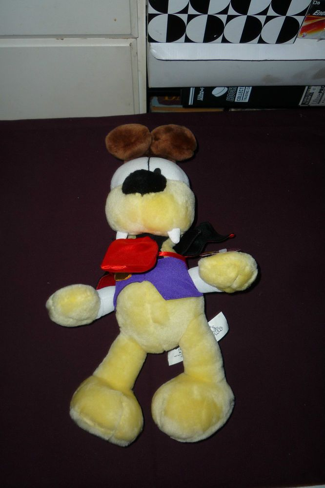 15  Garfield & Friends Vampire Odie The Dog Plush With Tag