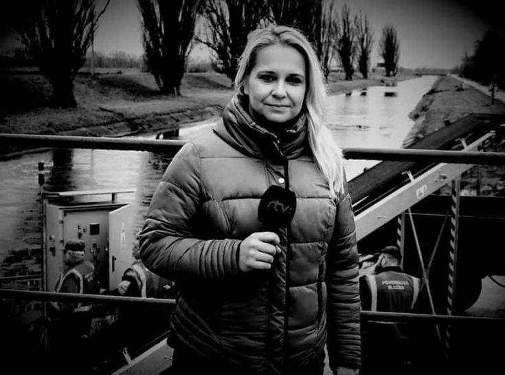 Na Nový rok obletela Slovensko smutná správa. Redaktorka Leona Kočkovičová–Fučíková († 32),  ktorá pracovala pre RTVS, počas silvestrovskej noci náhle zomrela. Mladá žena, ktorá bola plná energie a mala celý život pred sebou, po sebe zanechala dve malé dcérky, zdrveného manžela a množstvo smútiacich blízkych. A hoci malo celé nešťastie rýchly priebeh, na verejnosť sa dostali srdcervúce informácie, ktoré vyrážajú dych. Leona vraj vedela, že jej osud je nenávratne ...