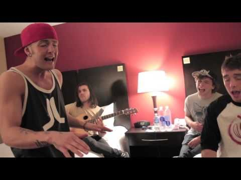 Emblem3 - Can't Hold Us (Macklemore & Ryan Lewis Cover) they're just so good... THIS IS WHAT IM HOPING FOR THEIR ALBUM