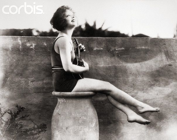 I Love Old Images Of Clara Bow I Don T Know Why They Inspire Me
