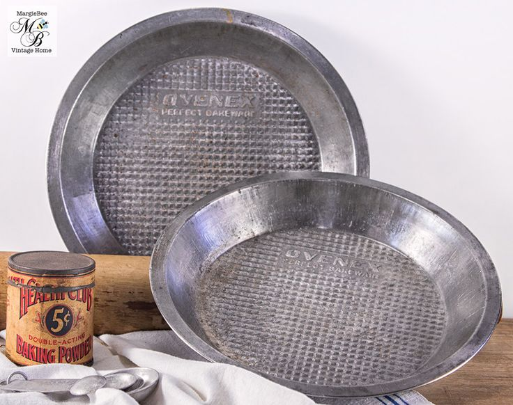 Ovenex Pie Pans, Set of 2, Vintage Bakeware, Vintage Pie Pan, Industrial Decor, Food Photo Prop, 1950s Kitchen by MargieBeeVintage on Etsy