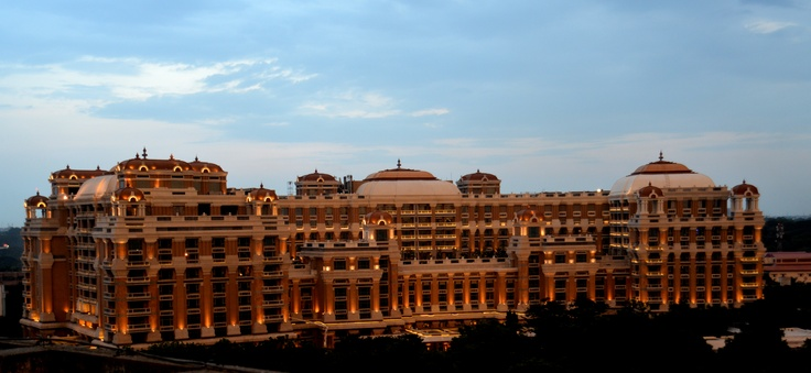 #ITCGrandChola, #Chennai-Towering facades and flowing architecture are leaves taken from the aesthetics of the Cholas, an ancient dynasty that made a deep impact on many regions within and outside of this country.