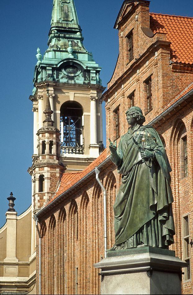 Nicolaus Copernicus Monument, Toruń, Poland