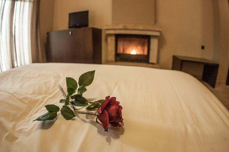 Δίκλινο Δωμάτιο #ξενοδοχείο #Τιτάγιον #Λϊμνη Πλαστήρα #Λαμπερό #τζάκι