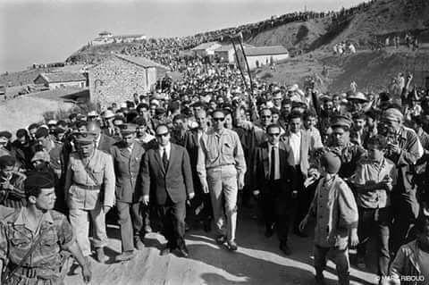C'était la belle époque d'après l'indépendance ou le peuple était derrière les chefs historique de la révolution  #Algérie#Algeria#tunisia#lybia#mauritania#polisario#sudan#egypt#saudiarabia#ksa#uae#qatar#dubai#kuwait#t #oman#yemen#jordan#syria#lebanon#palestine#iraq#turkey#istanbul#france#paris#allemagne#canada#usa##uk