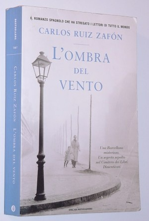 """Carlos Ruiz Zafon, """"L'ombra del vento"""" - """"Il matrimonio e la famiglia sono un guscio vuoto e spetta a noi riempirli di significato"""""""