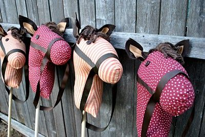 SOO cute, but I don't think I'm crazy enough to make this many stick horses for the party!