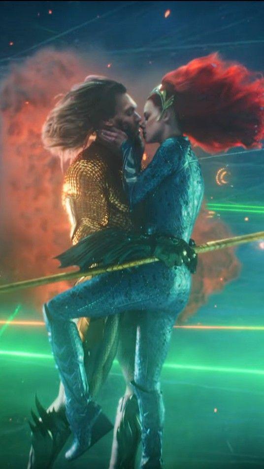 The Sweet Kiss Aquaman Mera Dccomics Aquaman Aquaman